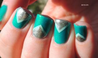 Nail Art Triangulaire.